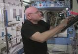Сцена из фильма Год в открытом космосе / A Year In Space (2016)