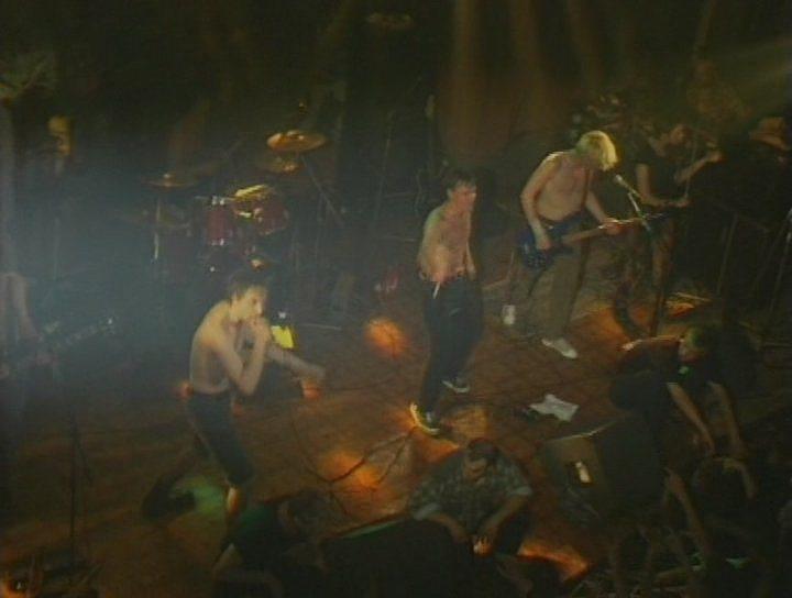 Клипы песен из альбома Камнем по голове