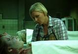 Сцена из фильма Морг / Mortuary (2005) Проклятый морг сцена 1