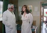 Сцена из фильма Медсестра на военном обходе / La soldatessa alla visita militare (1977) Медсестра на военном обходе сцена 1