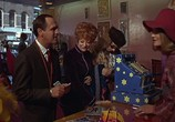 Сцена из фильма Горячие миллионы / Hot Millions (1968) Горячие миллионы сцена 16