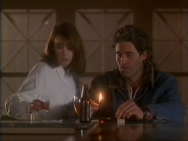 Тонкий лед (1992) смотреть онлайн или скачать фильм через торрент.