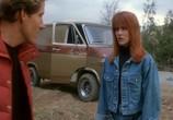 Сцена из фильма Возвращение живых мертвецов 2 / Return of the Living Dead Part 2 (1988) Возвращение живых мертвецов-2