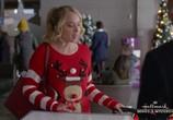 Фильм Пора вернуться домой в Рождество / Time for Me to Come Home for Christmas (2018) - cцена 2