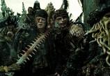 Сцена из фильма Карибский Кризис 2 - Человек-Осьминог / Pirates of the Caribbean (2010) Карибский Кризис 2 - Человек-Осьминог сцена 2