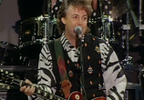 Сцена из фильма The Best British Rock Concert Of All Time: Live At Knebworth (2015)