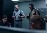 Сцена из фильма Ночь в осаде / Trauma Center (2019) Ночь в осаде сцена 3