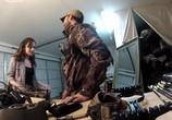 Сцена из фильма Загнанные / The Hunted (2013) Загнанные сцена 2