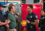 Сериал 911: Одинокая звезда / 9-1-1: Lone Star (2020) - cцена 2