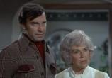 Сцена из фильма Коломбо: Двойной удар / Columbo: Double Shock (1973) Коломбо: Двойной удар сцена 3