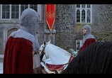 Сцена из фильма Рыцарь перед Рождеством / The Knight Before Christmas (2019) Рыцарь перед Рождеством сцена 1