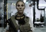 Сцена из фильма Инопланетное пристанище / Alien Domicile (2017) Инопланетное пристанище сцена 1