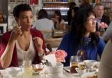 Сериал Американская домохозяйка / American Housewife (2016) - cцена 1