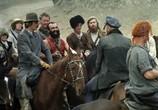 Сцена из фильма Свой среди чужих, чужой среди своих (1974) Свой среди чужих, чужой среди своих сцена 2