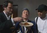 Фильм Четыре комнаты / Four Rooms (1995) - cцена 6