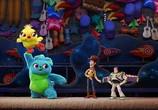 Сцена из фильма История игрушек 4 / Toy Story 4 (2019)